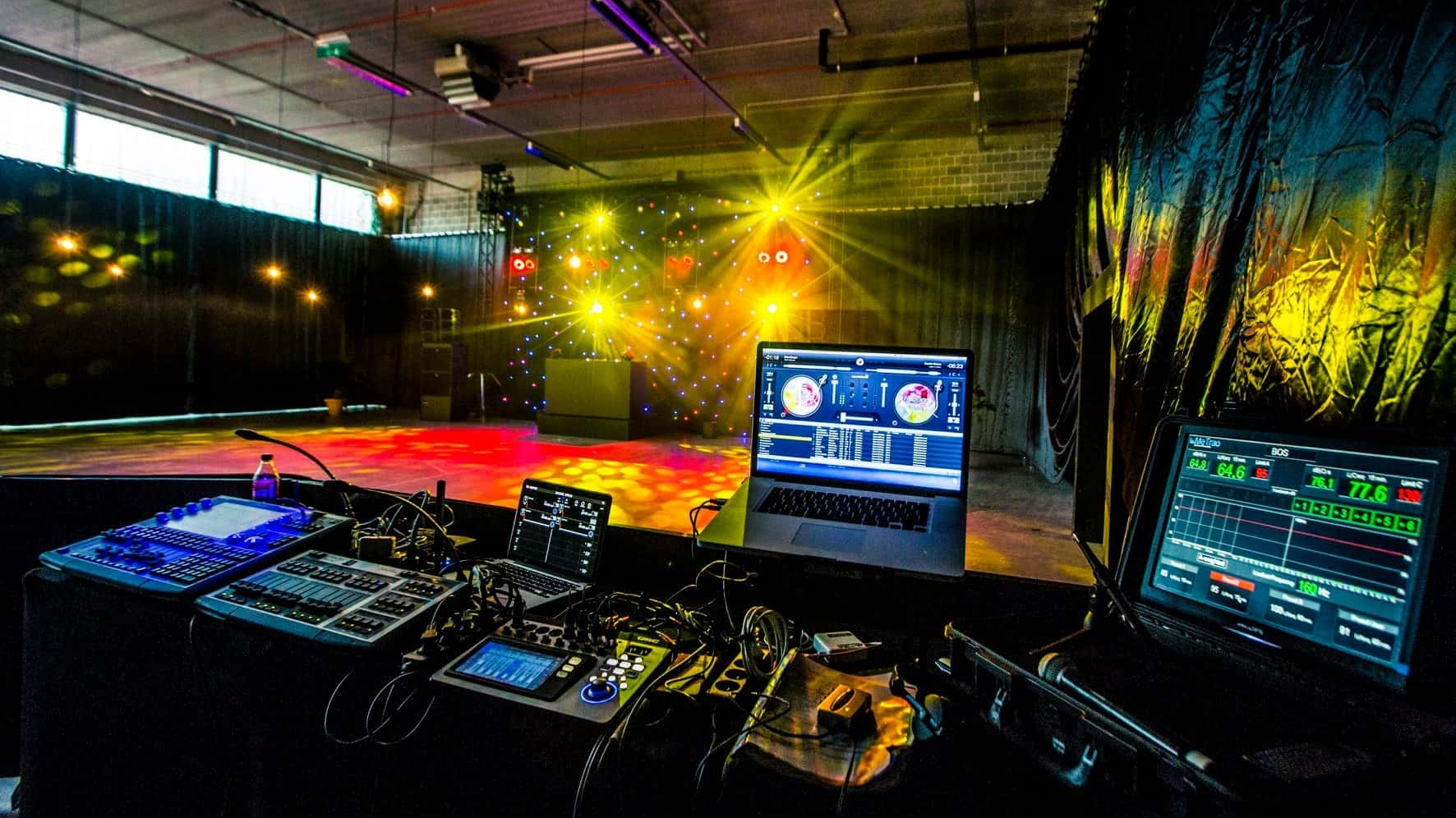 Larkom Studio Amphion 00010
